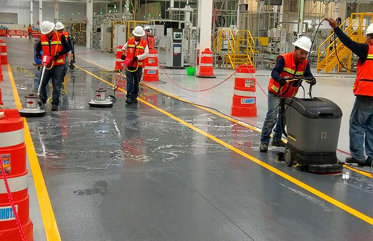 como-realizar-la-limpieza-de-naves-industriales-y-fabricas